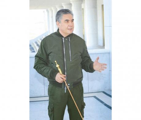 Hormatly Prezidentimiz Gurbanguly Berdimuhamedow paýtagtymyz boýunça iş saparyny amala aşyrdy